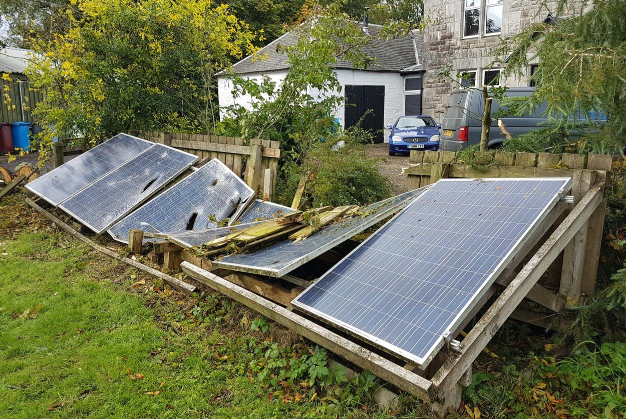 Solar panel repairs in Glasgow and Lanarkshire